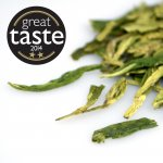 The most highly valued spring green tea in China grown in the prestigious Lions Peak field of Dragonwell. Rich with lush grass notes, toasted hazelnuts and a satisfying finish.